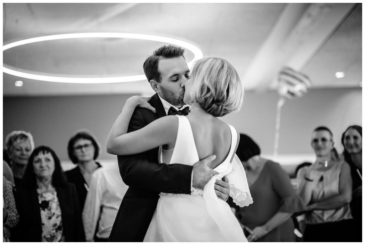 Hochzeit Seeblick Haltern Fotograf Heiraten Elegant  91 - Hochzeit im Seeblick in Haltern