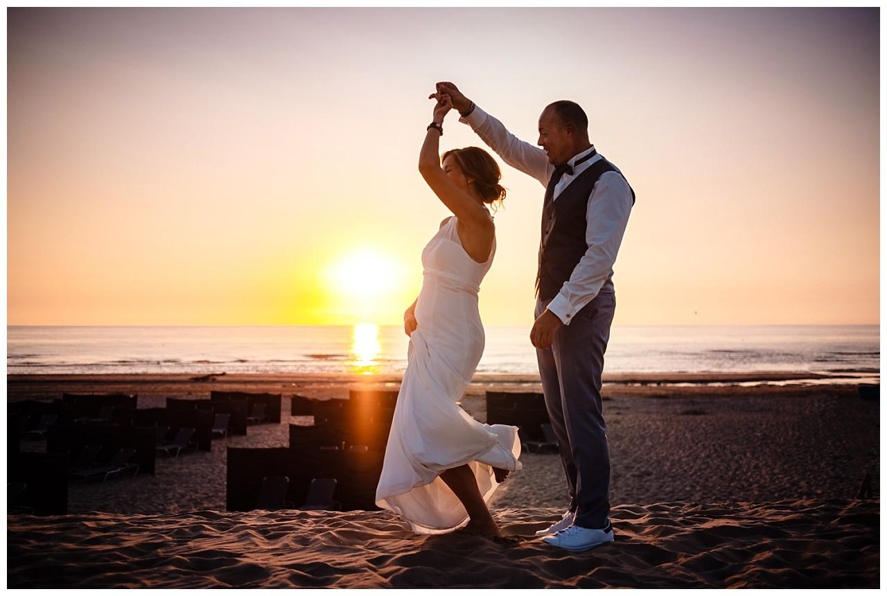Hochzeit Tulum Noordwijk Heiraten Strand Holland Hochzeitsfotograf 67 - Hochzeit in Holland am Strand