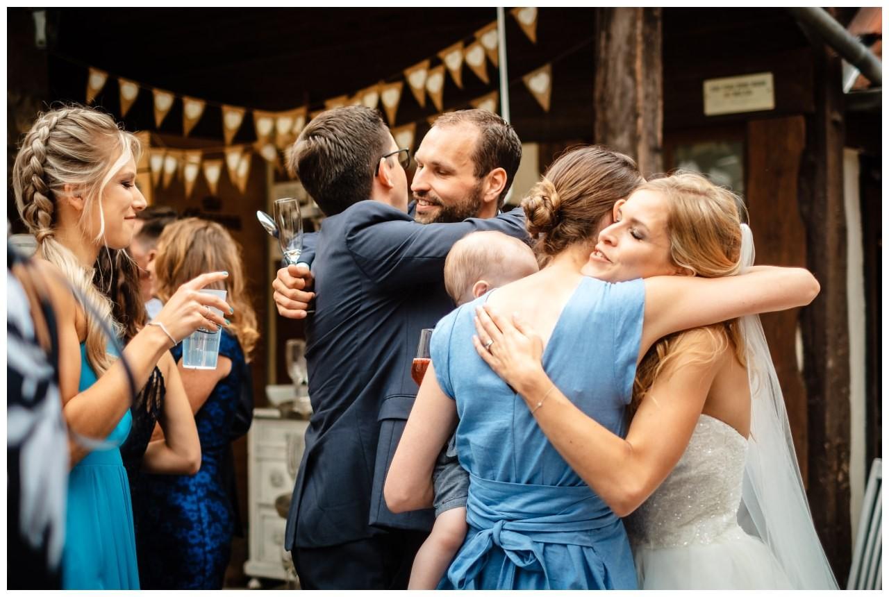 Hochzeit Eventmuehle Kraichgau heiraten Hochzeitsfotograf bayern 36 - Hochzeit in der Eventmühle Kraichgau