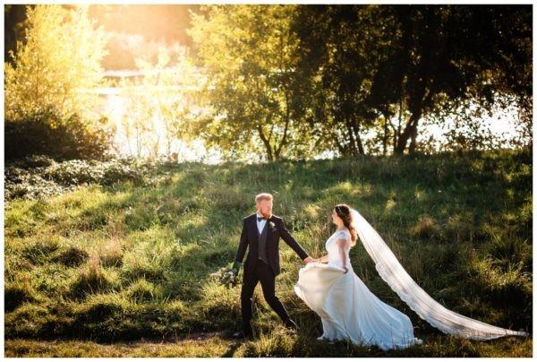 Hochzeit Landhaus Grum Hattingen heiraten Bochum Hochzeitsfotograf NRW 81 600x404 - Kirchliche Trauung