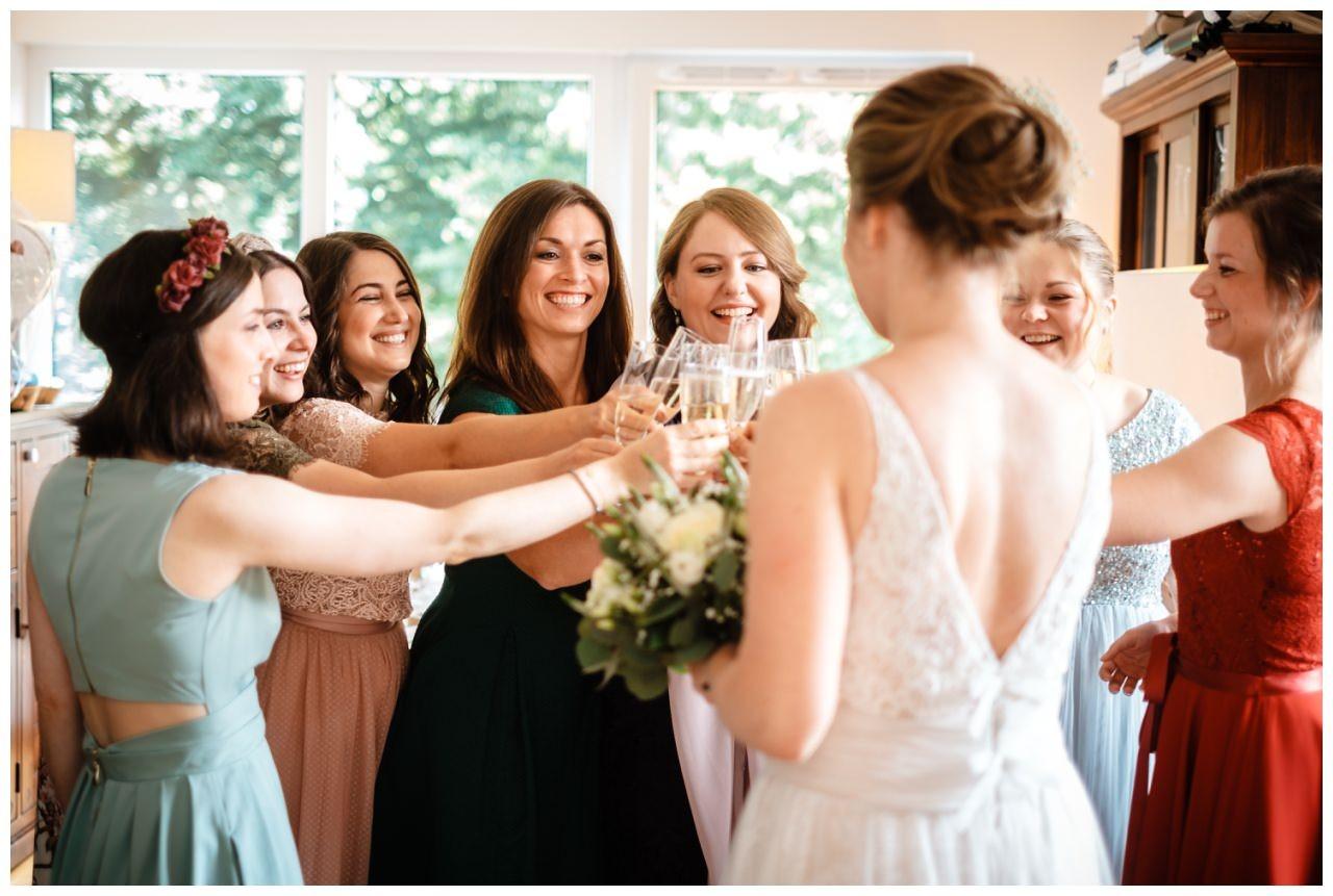 hochzeit koenigswinter drachenfels drachenburg heiraten hochzeitsfotograf leverkusen 21 - Hochzeit auf dem Drachenfels in Königswinter