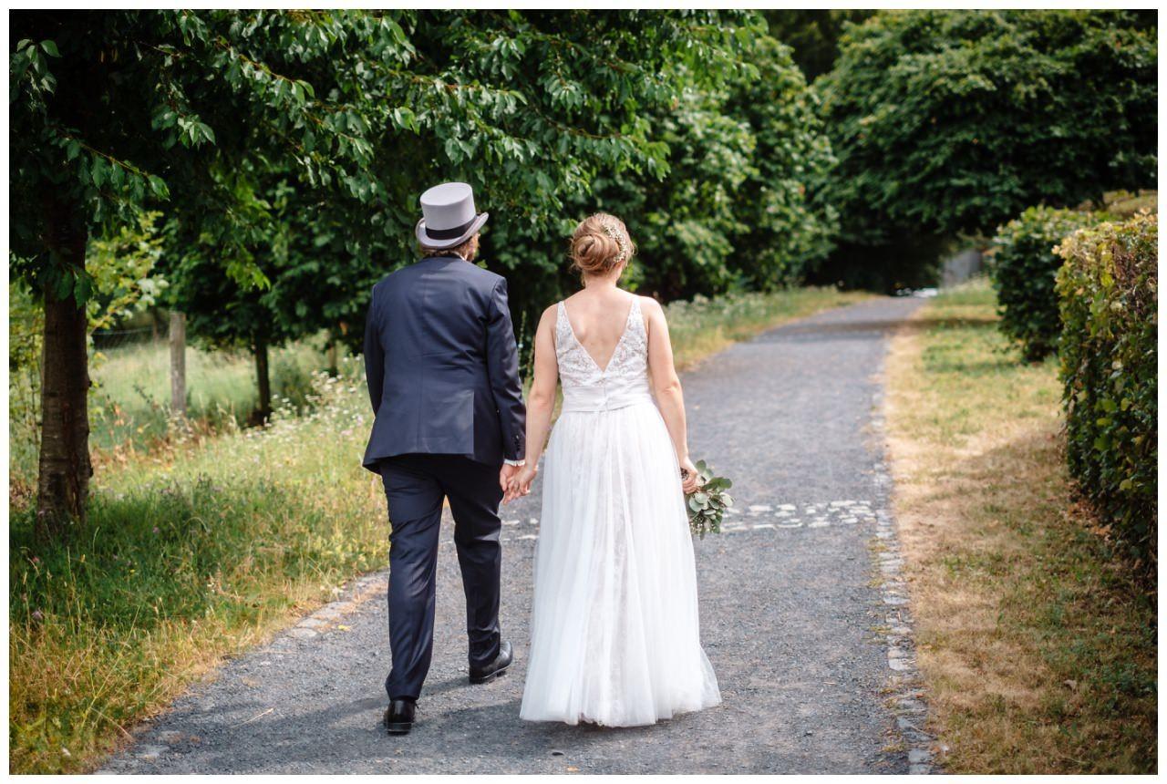 hochzeit koenigswinter drachenfels drachenburg heiraten hochzeitsfotograf leverkusen 45 - Hochzeit auf dem Drachenfels in Königswinter