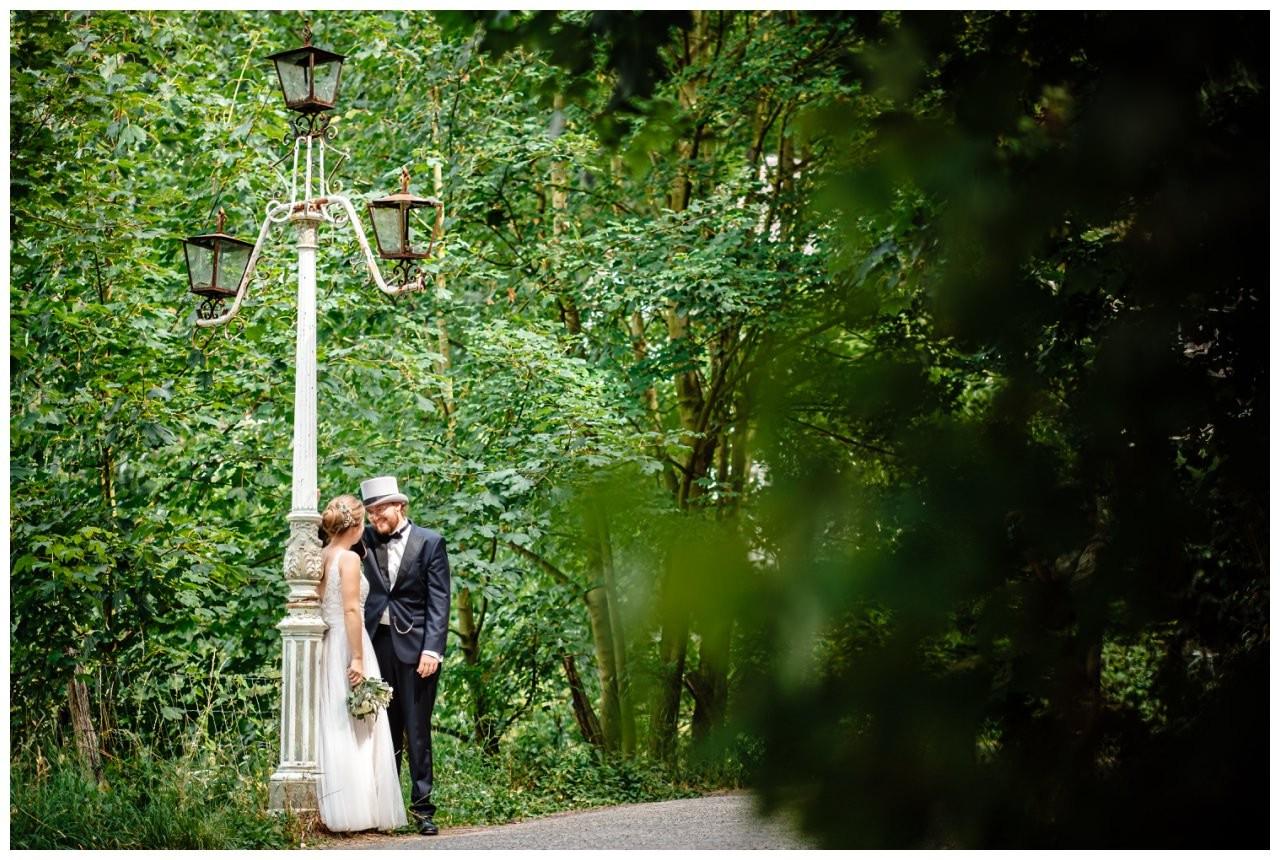 hochzeit koenigswinter drachenfels drachenburg heiraten hochzeitsfotograf leverkusen 49 - Hochzeit auf dem Drachenfels in Königswinter
