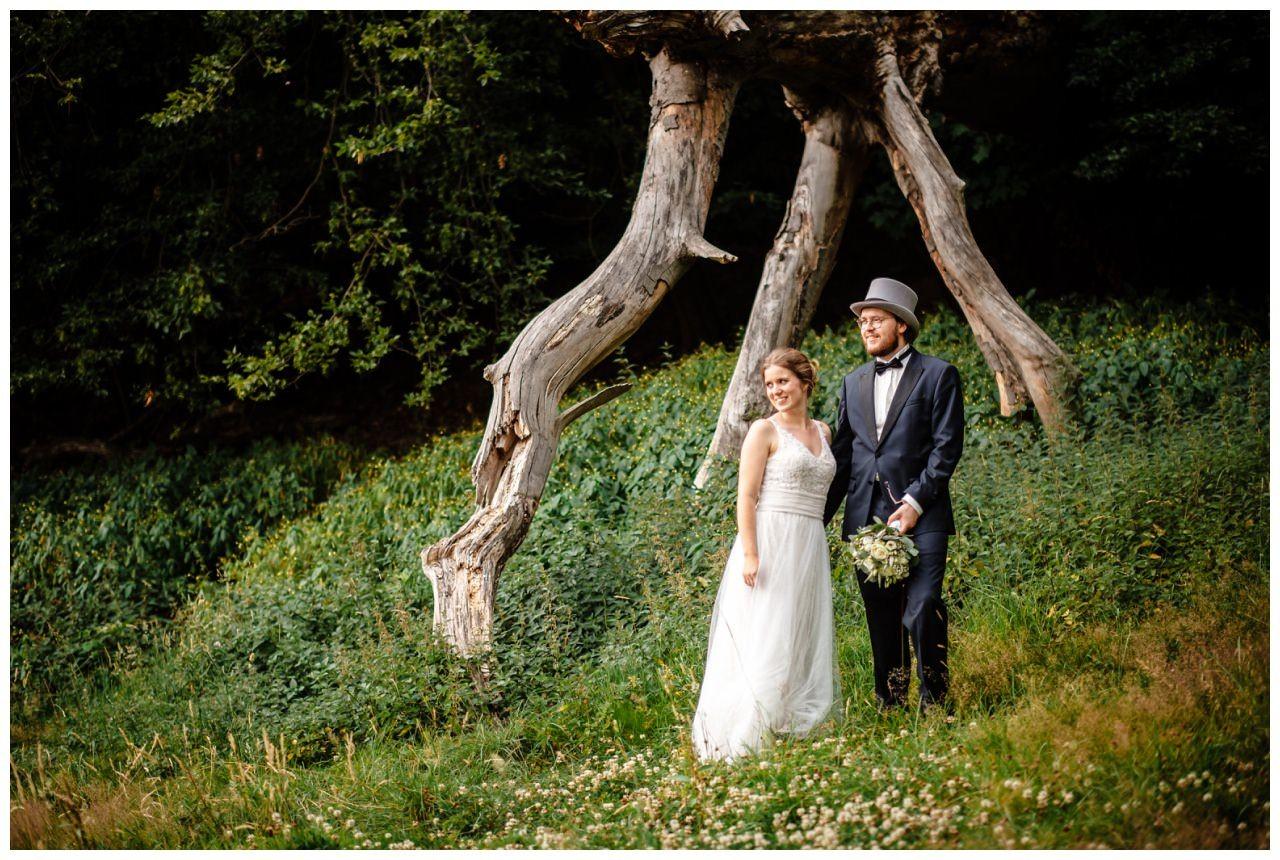 hochzeit koenigswinter drachenfels drachenburg heiraten hochzeitsfotograf leverkusen 53 - Hochzeit auf dem Drachenfels in Königswinter