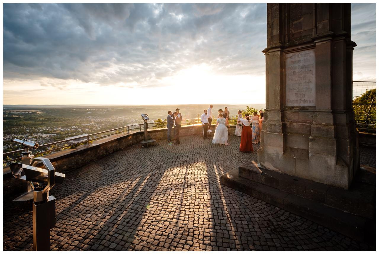 hochzeit koenigswinter drachenfels drachenburg heiraten hochzeitsfotograf leverkusen 72 - Hochzeit auf dem Drachenfels in Königswinter
