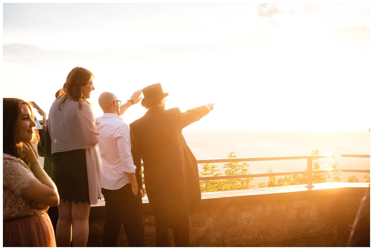 hochzeit koenigswinter drachenfels drachenburg heiraten hochzeitsfotograf leverkusen 73 - Hochzeit auf dem Drachenfels in Königswinter