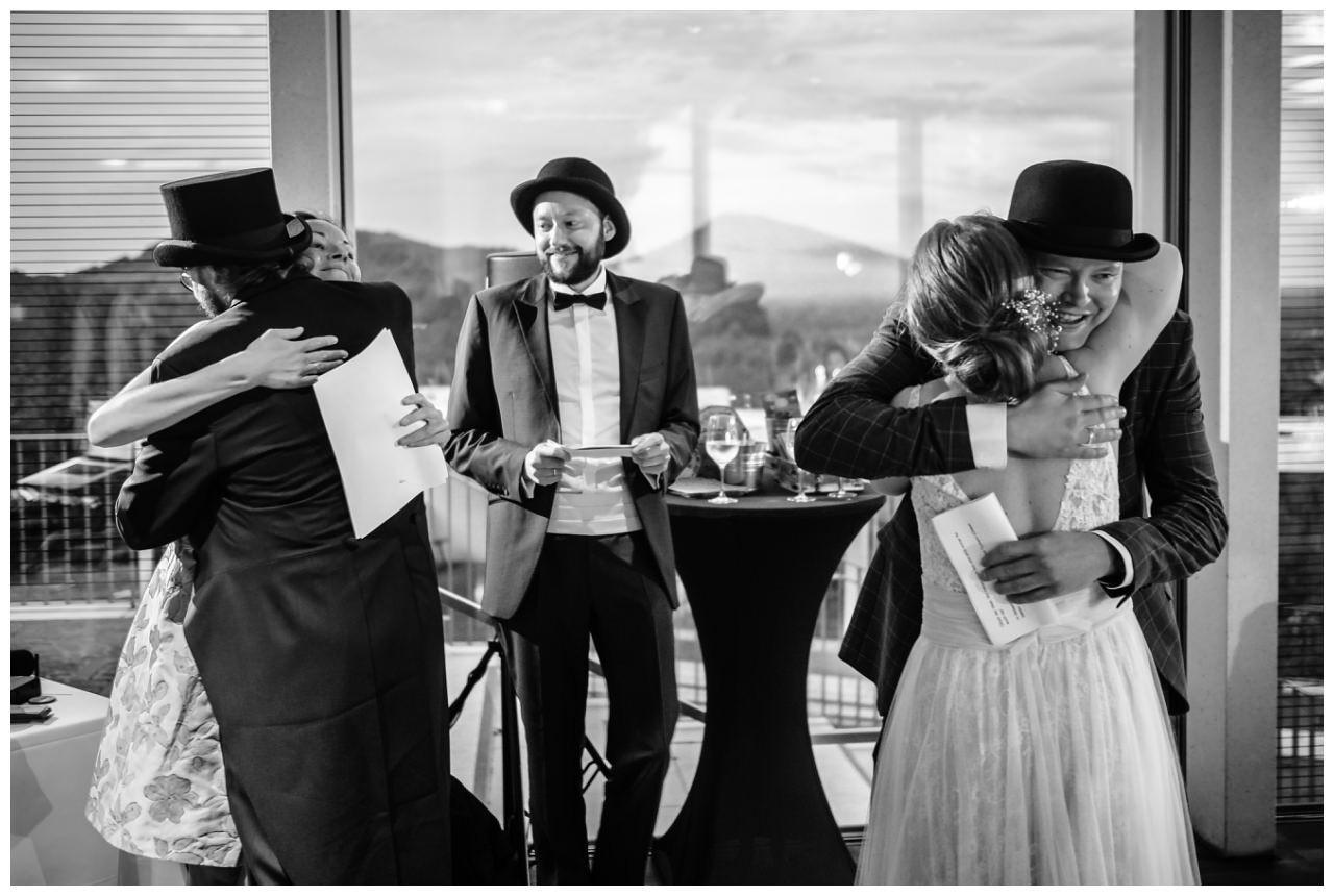 hochzeit koenigswinter drachenfels drachenburg heiraten hochzeitsfotograf leverkusen 80 - Hochzeit auf dem Drachenfels in Königswinter