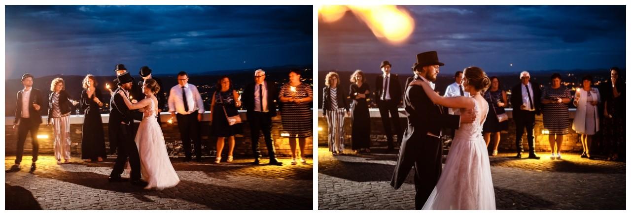 hochzeit koenigswinter drachenfels drachenburg heiraten hochzeitsfotograf leverkusen 82 - Hochzeit auf dem Drachenfels in Königswinter