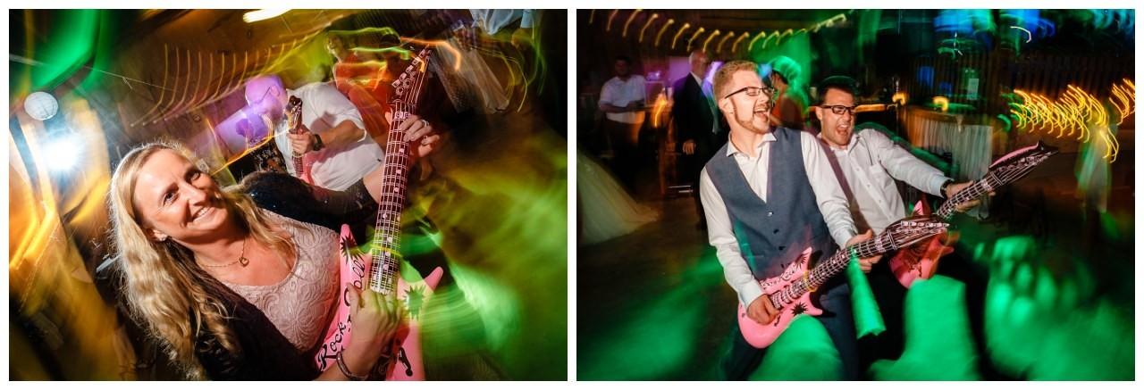 Hochzeit DJ Licht Ton Musik heiraten 38 - Hochzeits-DJ: So findet ihr den perfekten DJ für eure Hochzeit