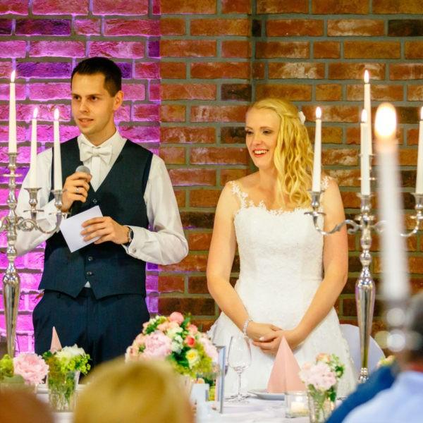 Hochzeit Festscheune Hecheltjens Hof Hamminkeln Heiraten Scheune Location Hochzeitslocation NRW Fotograf 20 600x600 - Festscheune Hecheltjen's Hof in Hamminkeln - Hochzeitslocation NRW