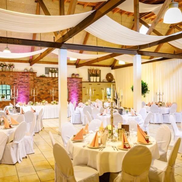 Hochzeit Festscheune Hecheltjens Hof Hamminkeln Heiraten Scheune Location Hochzeitslocation NRW Fotograf 3 600x600 - Festscheune Hecheltjen's Hof in Hamminkeln - Hochzeitslocation NRW
