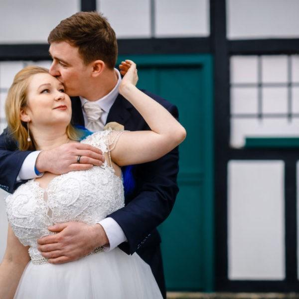 Hochzeit Gut Forkscheid Engelskirchen Heiraten Location Hochzeitslocation NRW Fotograf 11 600x600 - Gut Forkscheid in Engelskirchen - Hochzeitslocation NRW