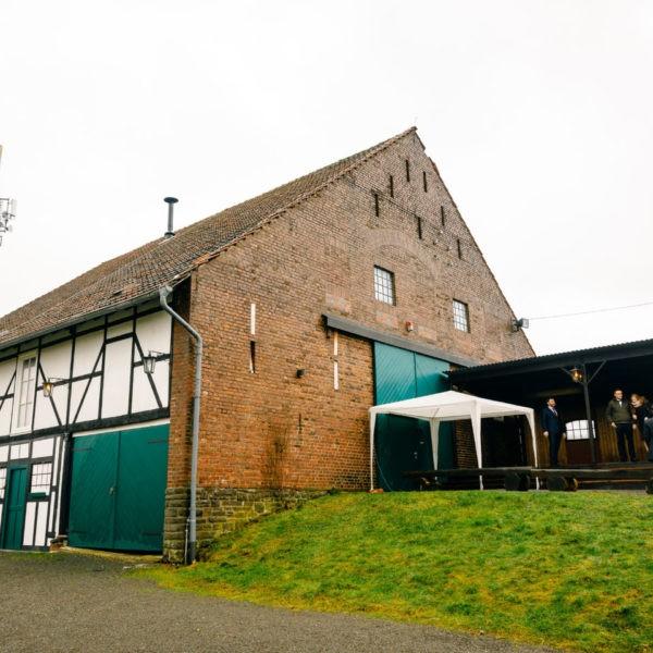 Hochzeit Gut Forkscheid Engelskirchen Heiraten Location Hochzeitslocation NRW Fotograf 3 600x600 - Gut Forkscheid in Engelskirchen - Hochzeitslocation NRW