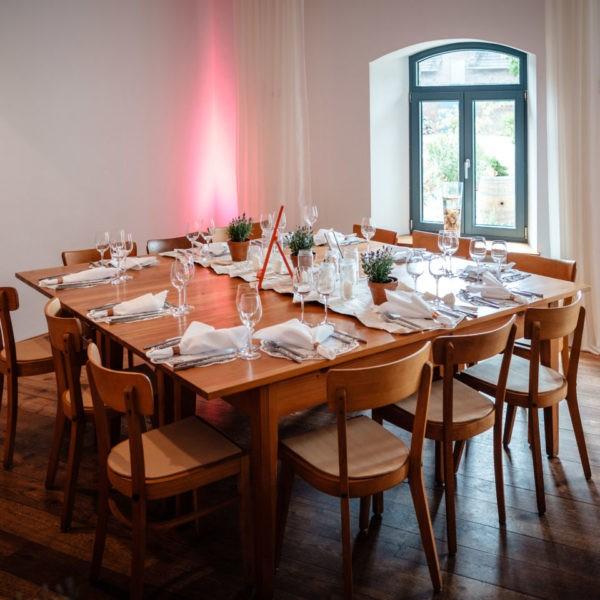 Hochzeit Gut Hermeshof Rommerskirchen Heiraten Location Hochzeitslocation NRW Fotograf 16 600x600 - Gut Hermeshof in Rommerskirchen - Hochzeitslocation NRW
