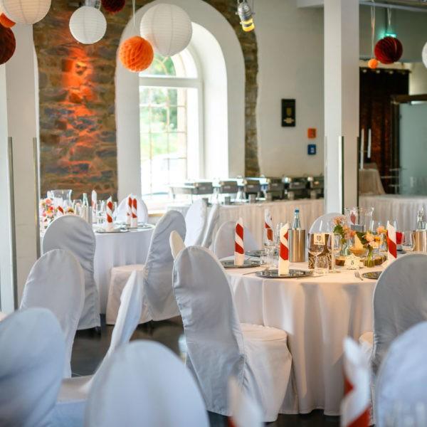 Hochzeit Hammerwerk Euskirchen Heiraten Location Hochzeitslocation NRW Fotograf 12 600x600 - Hammerwerk in Euskirchen - Hochzeitslocation NRW