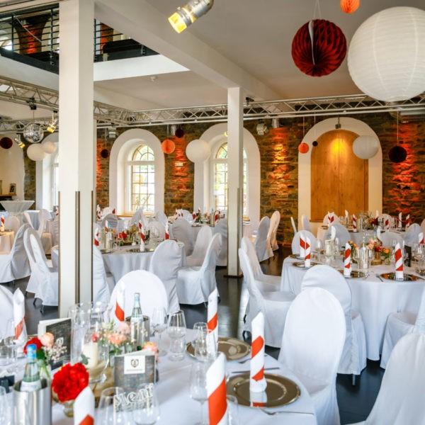 Hochzeit Hammerwerk Euskirchen Heiraten Location Hochzeitslocation NRW Fotograf 18 600x600 - Hammerwerk in Euskirchen - Hochzeitslocation NRW