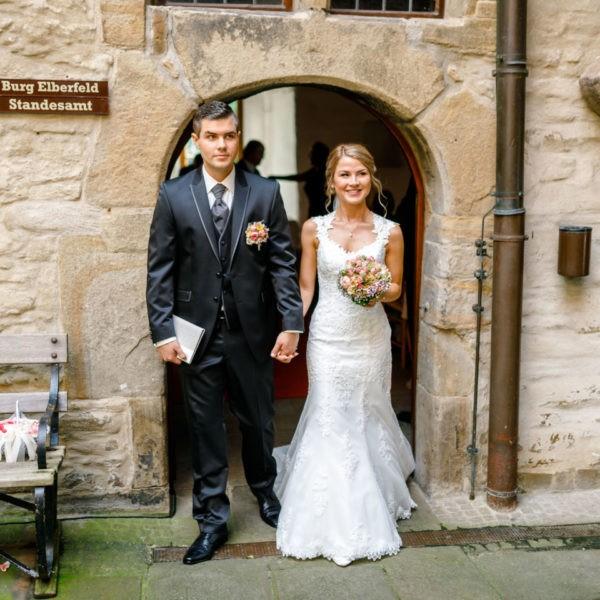 Hochzeit Haus Herbede Witten Heiraten Location Hochzeitslocation NRW Fotograf 16 600x600 - Haus Herbede in Witten - Hochzeitslocation NRW