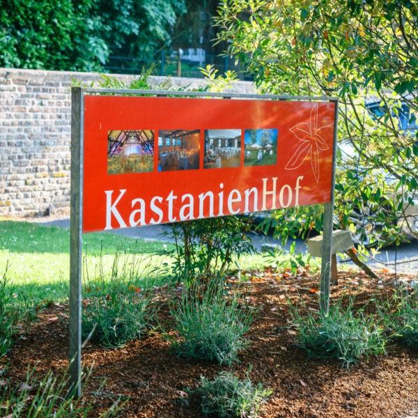 Hochzeit Kastanienhof Köln Heiraten Location Hochzeitslocation NRW Fotograf 2 600x600 - Kastanienhof in Köln - Hochzeitslocation NRW