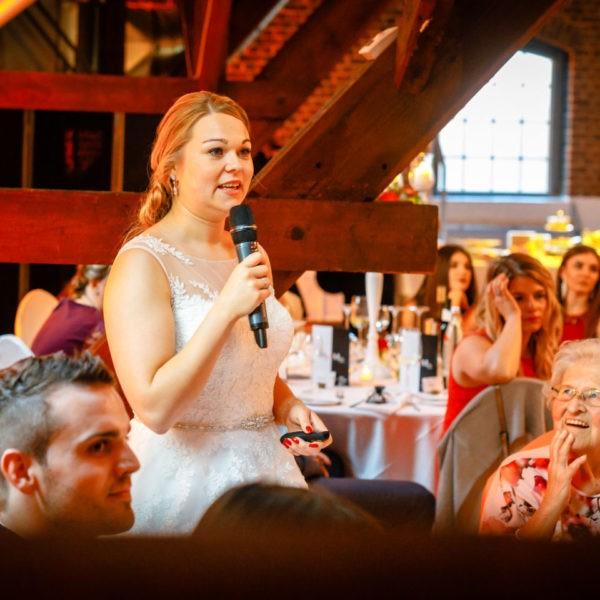 Hochzeit Kastanienhof Köln Heiraten Location Hochzeitslocation NRW Fotograf 20 600x600 - Kastanienhof in Köln - Hochzeitslocation NRW