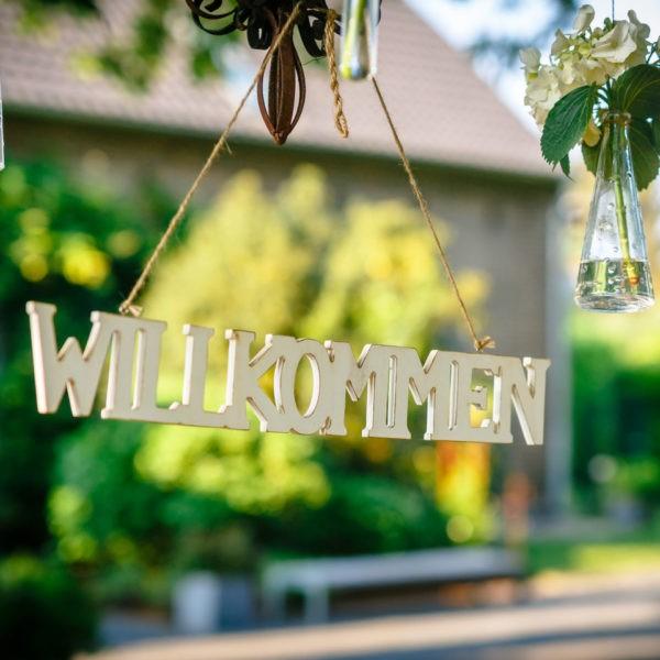 Hochzeit Kastanienhof Köln Heiraten Location Hochzeitslocation NRW Fotograf 3 600x600 - Kastanienhof in Köln - Hochzeitslocation NRW