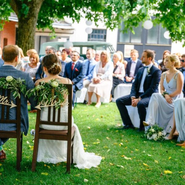 Hochzeit Kulturhof Knechtsteden Dormagen Heiraten Location Hochzeitslocation NRW Fotograf 10 600x600 - Kulturhof Knechtsteden in Dormagen - Hochzeitslocation NRW