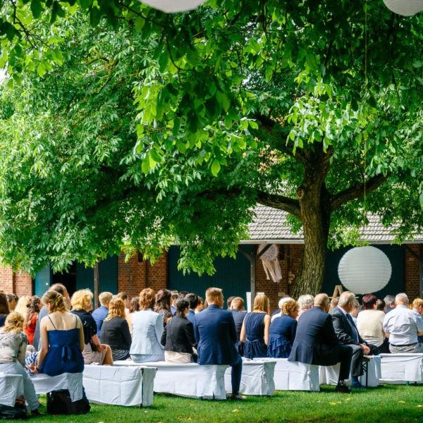 Hochzeit Kulturhof Knechtsteden Dormagen Heiraten Location Hochzeitslocation NRW Fotograf 7 600x600 - Kulturhof Knechtsteden in Dormagen - Hochzeitslocation NRW