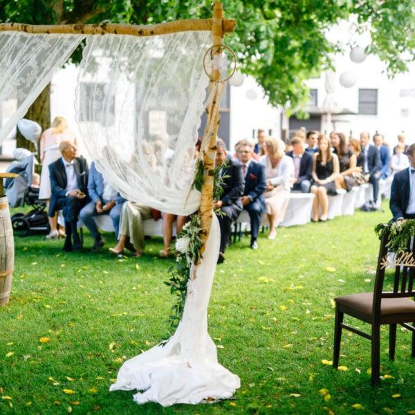 Hochzeit Kulturhof Knechtsteden Dormagen Heiraten Location Hochzeitslocation NRW Fotograf 9 600x600 - Kulturhof Knechtsteden in Dormagen - Hochzeitslocation NRW