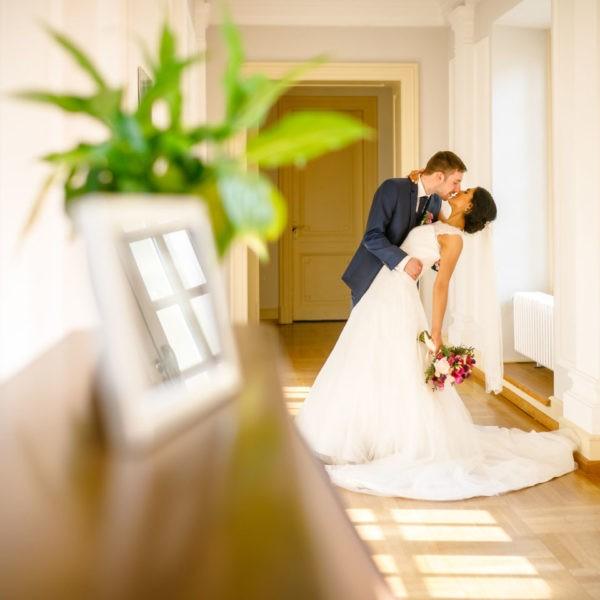 Hochzeit La Redoute Bonn Heiraten Location Hochzeitslocation NRW Fotograf 12 600x600 - La Redoute in Bonn - Hochzeitslocation NRW