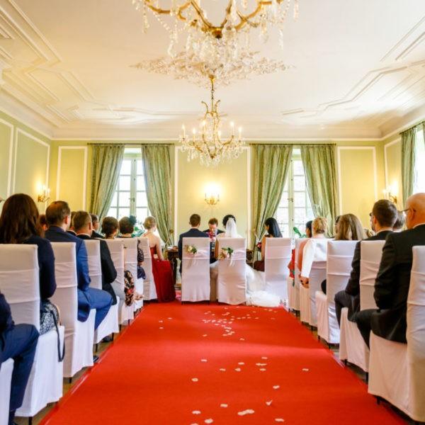 Hochzeit La Redoute Bonn Heiraten Location Hochzeitslocation NRW Fotograf 6 600x600 - La Redoute in Bonn - Hochzeitslocation NRW