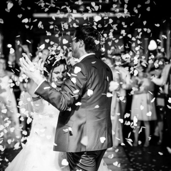 Hochzeit Lokschuppen Bottrop Heiraten Location Hochzeitslocation NRW Fotograf 37 600x600 - Lokschuppen in Bottrop - Hochzeitslocation NRW