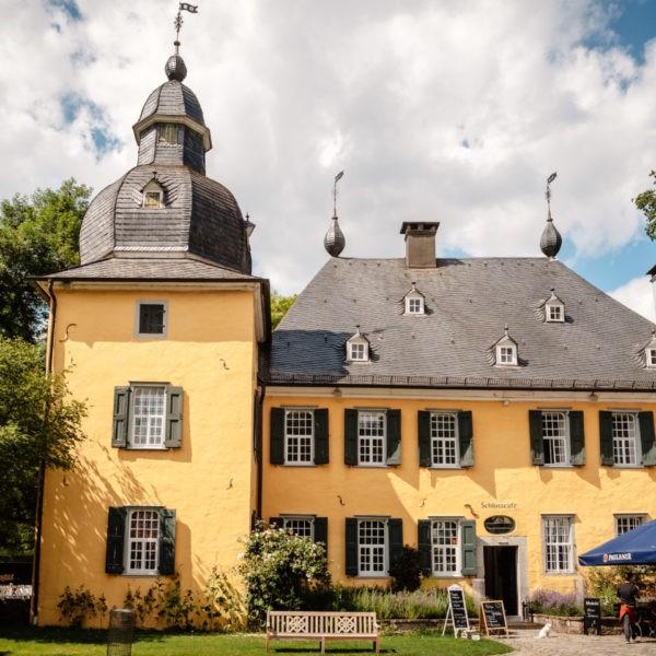 Hochzeit Schloss Lüntenbeck Wuppertal Heiraten Location Hochzeitslocation NRW Fotograf 11 600x600 - Schloss Lüntenbeck in Wuppertal - Hochzeitslocation NRW