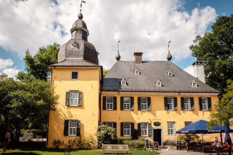 Hochzeitslocation NRW Schloss Lüntenbecker Wuppertal