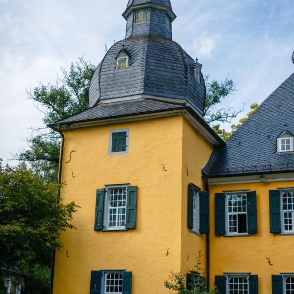 Hochzeit Schloss Lüntenbeck Wuppertal Heiraten Location Hochzeitslocation NRW Fotograf 35 600x600 - Schloss Lüntenbeck in Wuppertal - Hochzeitslocation NRW