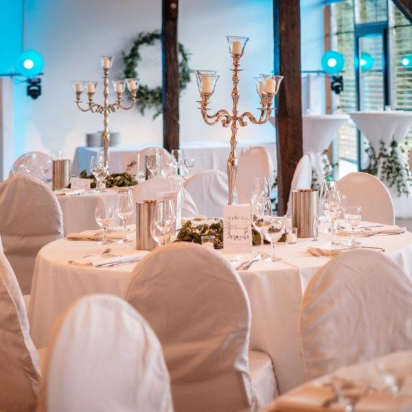 Hochzeit Schloss Linnepp Ratingen Heiraten Location Hochzeitslocation NRW Fotograf 14 600x600 - Schloss Linnep in Ratingen - Hochzeitslocation NRW