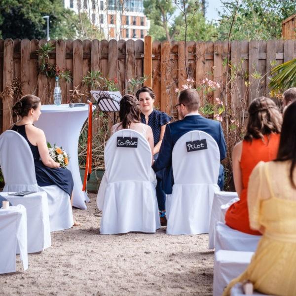 Hochzeit Tafelsilber Düsseldorf Heiraten Location Hochzeitslocation NRW Fotograf 10 600x600 - Tafelsilber in Düsseldorf - Hochzeitslocation NRW