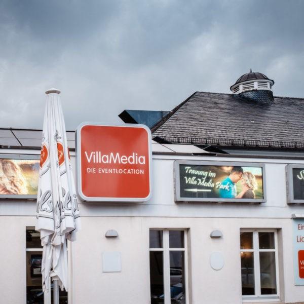 Hochzeit Villa Media Wuppertal Heiraten Location Hochzeitslocation NRW Fotograf 2 600x600 - Villa Media in Wuppertal - Hochzeitslocation NRW