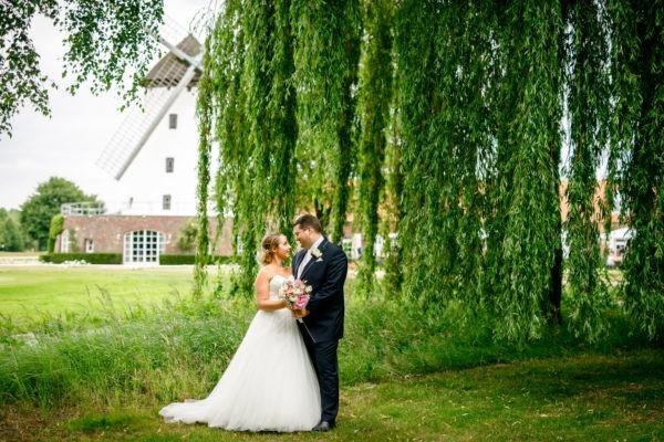 Hochzeitsfotograf Krefeld heiraten hochzeit hochzeitsfotos 5 600x400 - Hochzeitsfotograf Krefeld