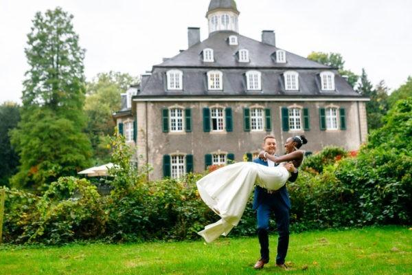 Hochzeitsfotograf Solingen heiraten hochzeit hochzeitsfotos 2 600x400 - Hochzeitsfotograf Solingen