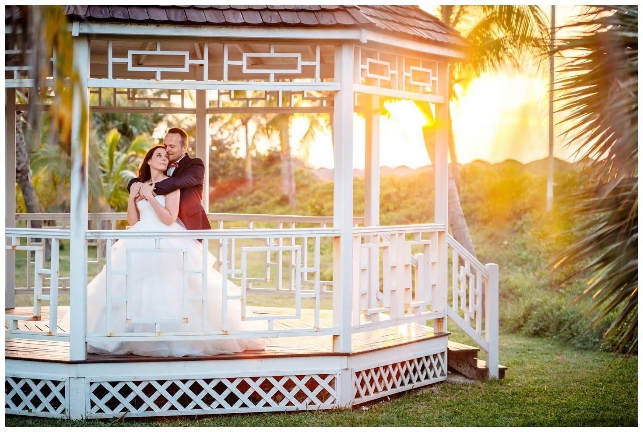 fotograf flitterwochen homeymoon reiseplanung flugzeug after wedding 17 - Privatjet mieten für die Hochzeitsreise
