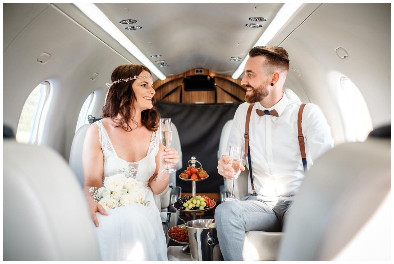 privatjet mieten hochzeitsreise flitterwochen fotograf 3 - Privatjet mieten für die Hochzeitsreise