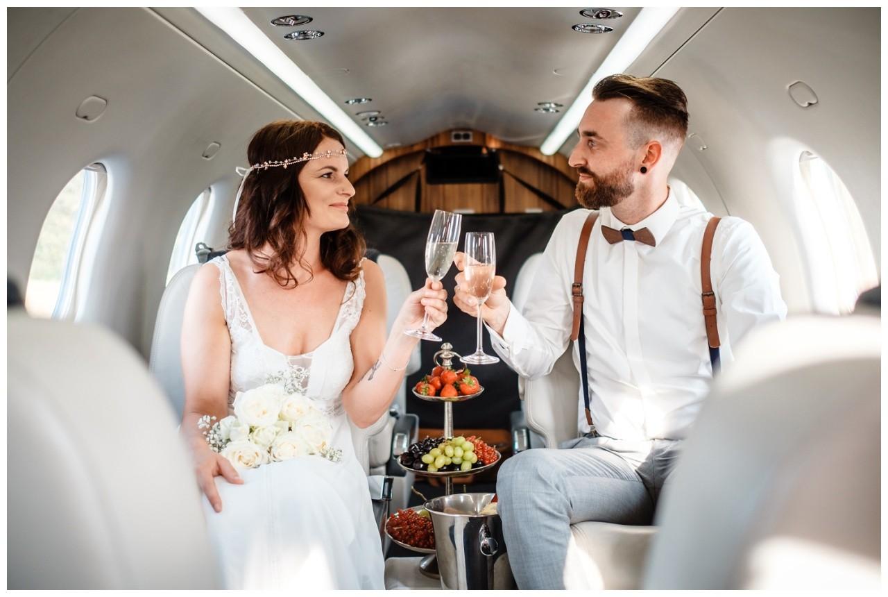 privatjet mieten hochzeitsreise flitterwochen fotograf 4 - Privatjet mieten für die Hochzeitsreise