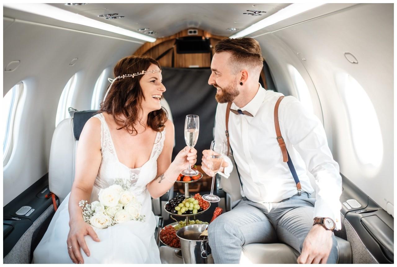 privatjet mieten hochzeitsreise flitterwochen fotograf 5 - Privatjet mieten für die Hochzeitsreise