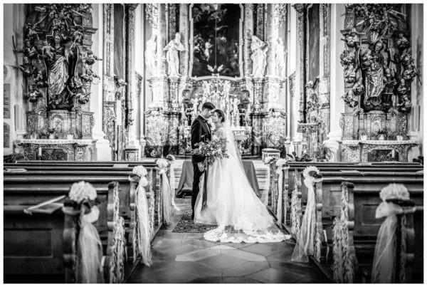 Hochzeitsfotos in der Kirche Tipps Hochzeitsfotograf kirchliche Hochzeit