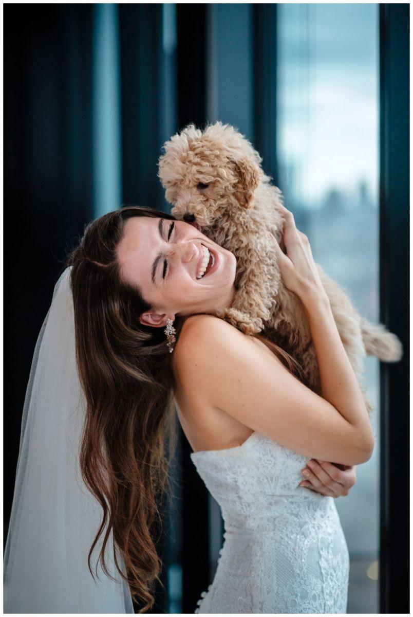 hochzeitsfotos düsseldorf hochzeitsfotograf shooting hund haustier 49 - Hochzeitsfotos in Düsseldorf