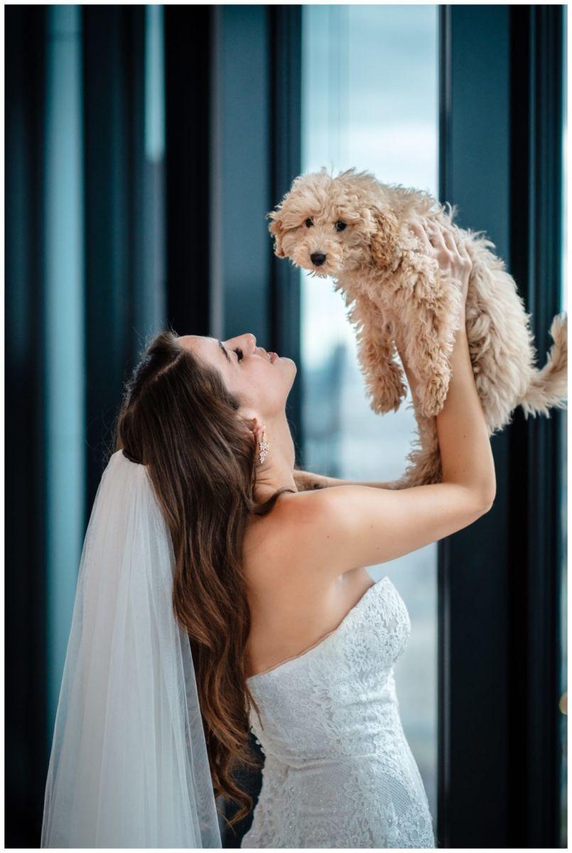 hochzeitsfotos düsseldorf hochzeitsfotograf shooting hund haustier 50 - Hochzeitsfotos in Düsseldorf