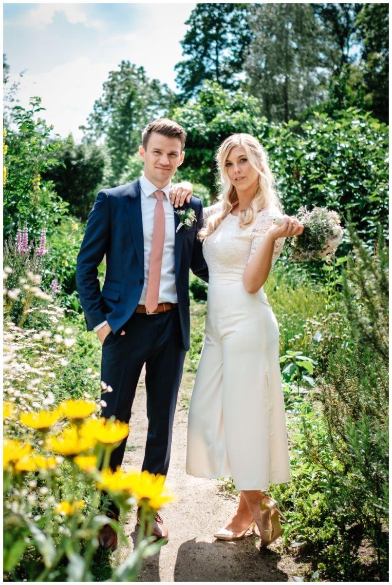 hochzeit standesamt standesamtliche Trauung schloss Moyland niederrhein fotograf 1 - Standesamtliche Hochzeit auf Schloss Moyland
