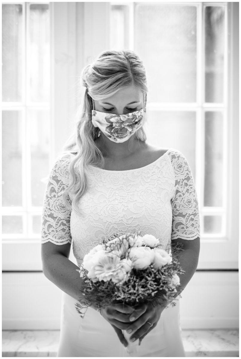 hochzeit standesamt standesamtliche Trauung schloss Moyland niederrhein fotograf 11 - Standesamtliche Hochzeit auf Schloss Moyland