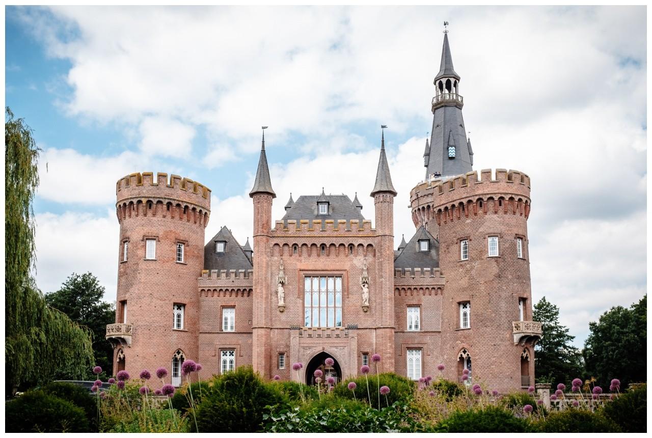 hochzeit standesamt standesamtliche Trauung schloss Moyland niederrhein fotograf 2 - Standesamtliche Hochzeit auf Schloss Moyland