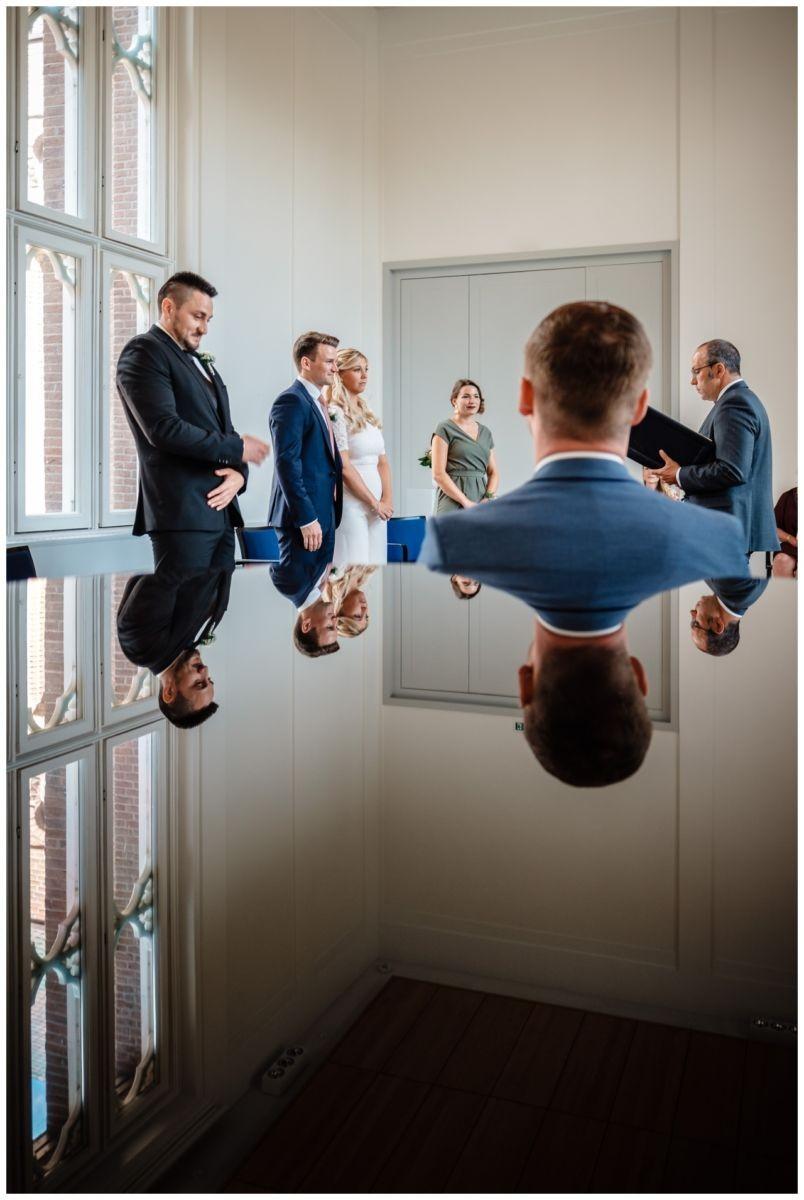 hochzeit standesamt standesamtliche Trauung schloss Moyland niederrhein fotograf 23 - Standesamtliche Hochzeit auf Schloss Moyland