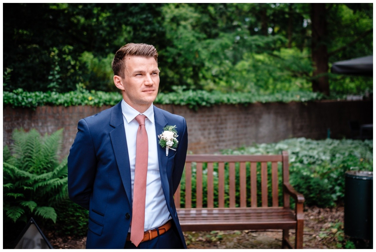 hochzeit standesamt standesamtliche Trauung schloss Moyland niederrhein fotograf 3 - Standesamtliche Hochzeit auf Schloss Moyland